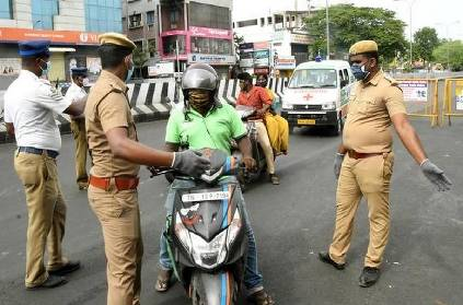 Citizens violate COVID-19 lockdown norms in Chennai, vehicles seized