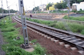 Drunk youths run over by train in Mambalam
