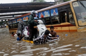 ''Extreme to very high rainfall'', predicted; 12 states in alert