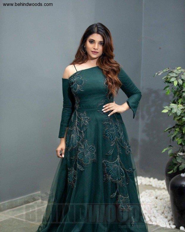 Aathmika (aka) Aathmika Actress