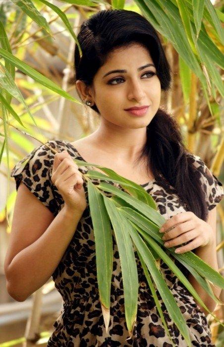 Ishwarya Menon (aka) Aishwarya Menon