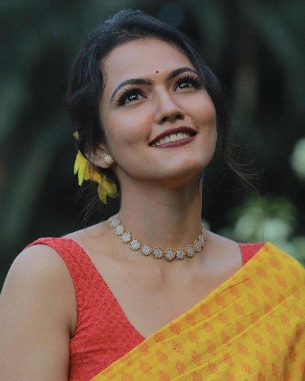 Aparna Das (aka) Aparna