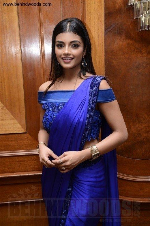 Ashna Zaveri (aka) Actress Ashna Zaveri