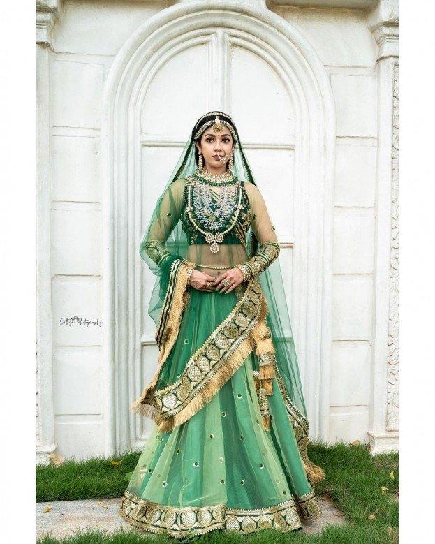 Chaya Singh (aka) ChayaSingh