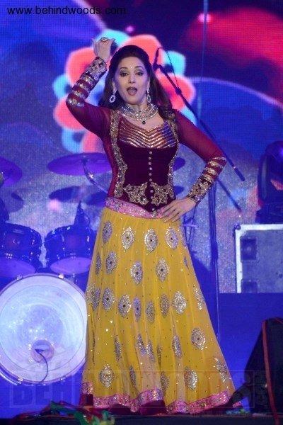 Madhuri Dixit (aka) MadhuriDixit