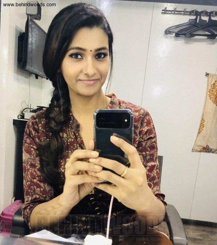 Actress Priya Bhavani Shankar Latest Photo Stills: Priya Bhavani Shankar (aka) PriyaBhavaniShankar Photos
