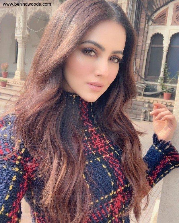 Sana Khan (aka) SanaKhan