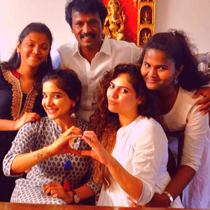 Bigg Boss 3 Sherin and Sakshi meet Cheran and his daughters picture here