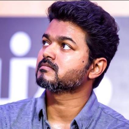 DD shares her first photo experience with Thalapathy Vijay