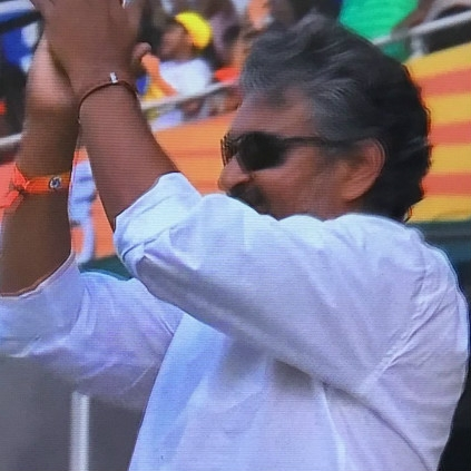 Director Rajamouli watches CSK vs Sunrisers match live