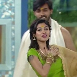 Just IN: A song dedicated to Bigg Boss Oviya