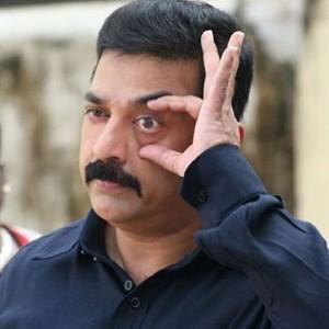 Kamal Haasan trolls Subramanian Swamy!