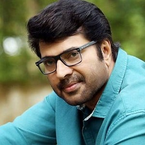 Mammootty against himself this festive season in Kerala