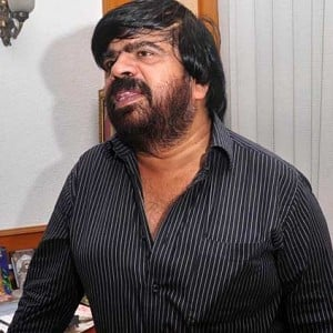 """I din't get an appointment, went to T.Rajendar's house and this is what he said!"""