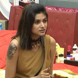 Wow! Oviya confirms that she will be back to Bigg Boss