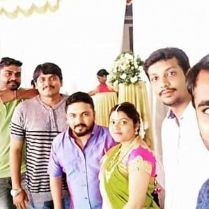 Popular TV anchor and actor gets married
