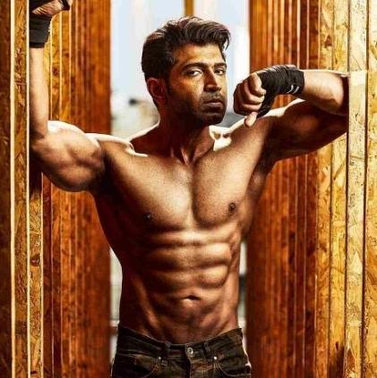 Ritika Singh will play the female lead in Arun Vijay's 'Boxers'?