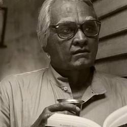 Seethakaathi's TV rights bagged by Star Vijay