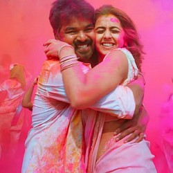 Thaaru Maaru video song from Kalakalappu 2