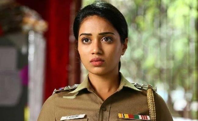 Vijay Sethupathi's heroine and popular actress clarifies about fake accounts in latest video ft Nivetha Pethuraj