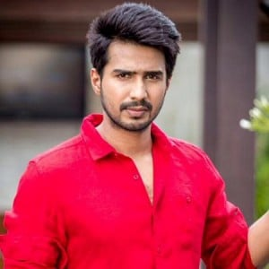 Exclusive : Vishnu Vishal turns assistant director!