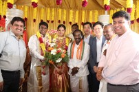 Actor Vijay Vasanth's brother wedding photos