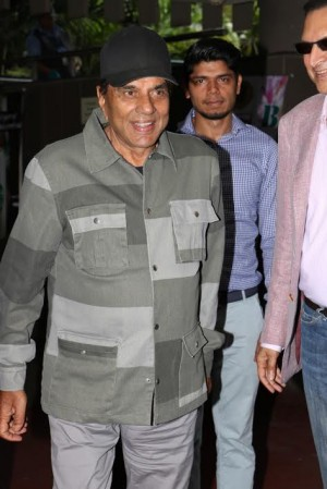 Dharmendra Spotted At International Airport