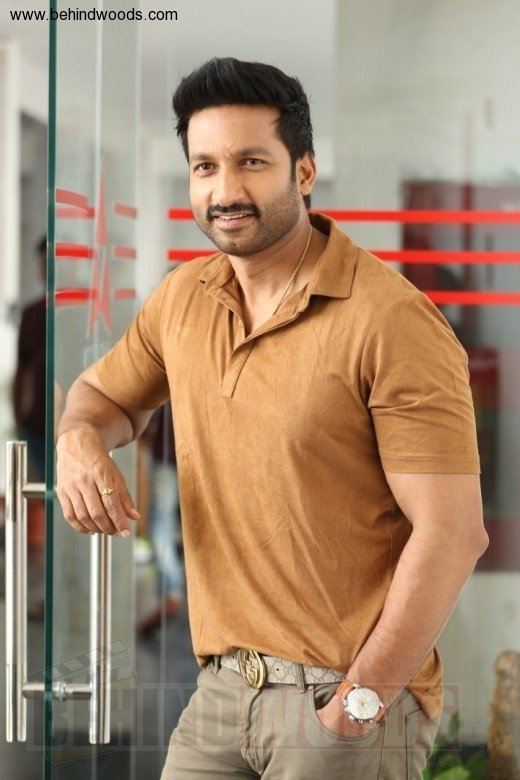 tottempudi gopichand height in feet