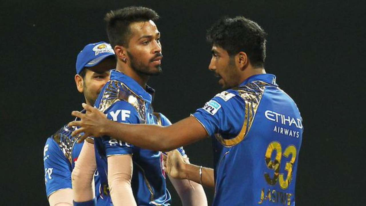 hardikpandya abuse jasprit bumrah for poor fielding twitter react
