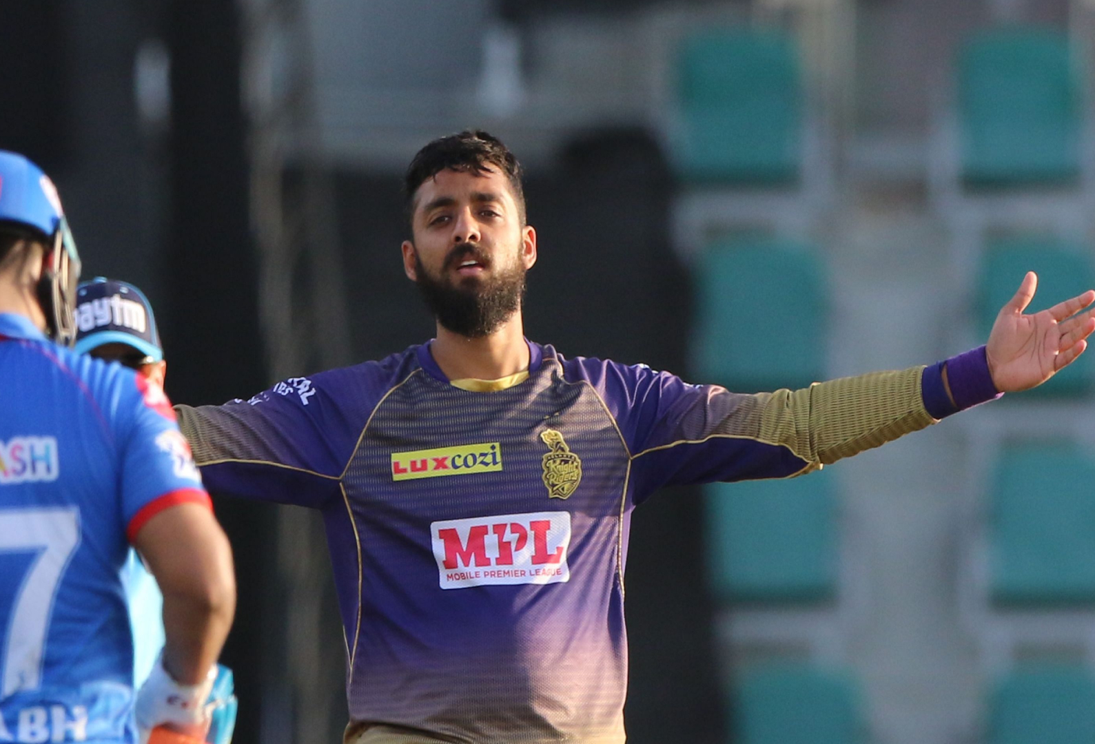 IPL KKRvsDC Varun Chakravarthy Gives Emotional Speech After Fifer