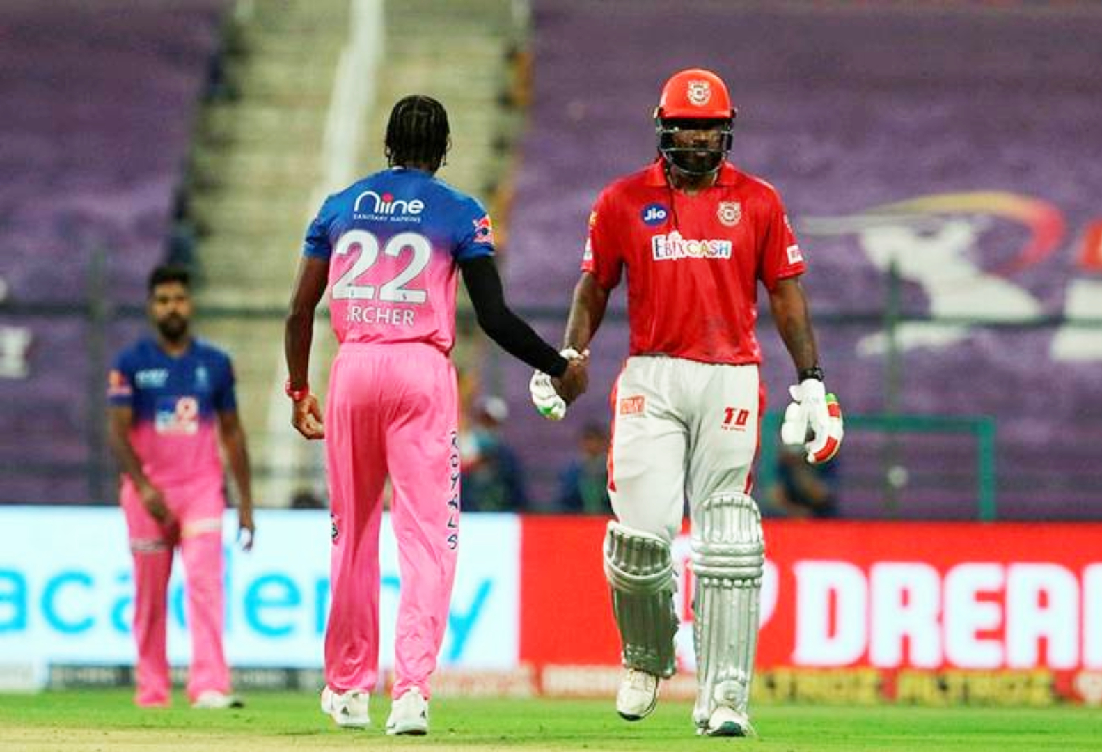 IPL KXIPvsRR Gayle Fined For Throwing Bat After Getting Out On 99