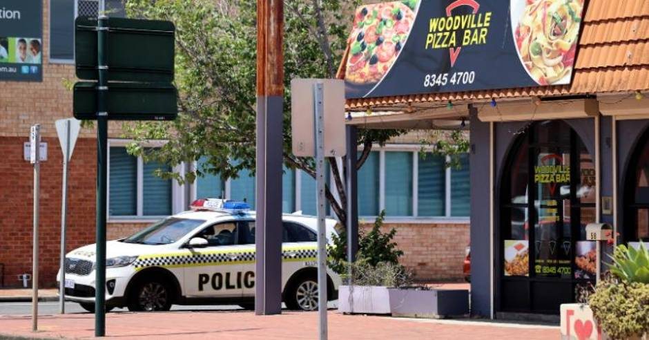 Pizza worker's lie forced South Australia COVID-19 lockdown