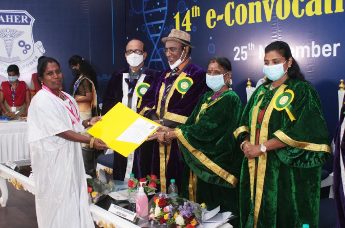 meenakshi academy of education research conducts 14th convocation
