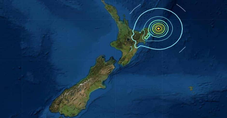 Tsunami warning issued in New Zealand after powerful earthquake