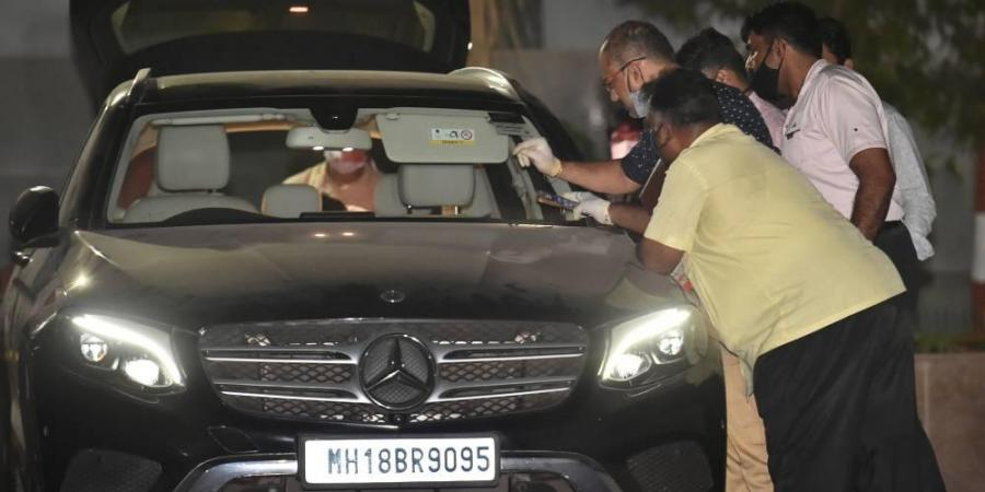 NIA seizes Waze's Mercedes, finds incriminating documents